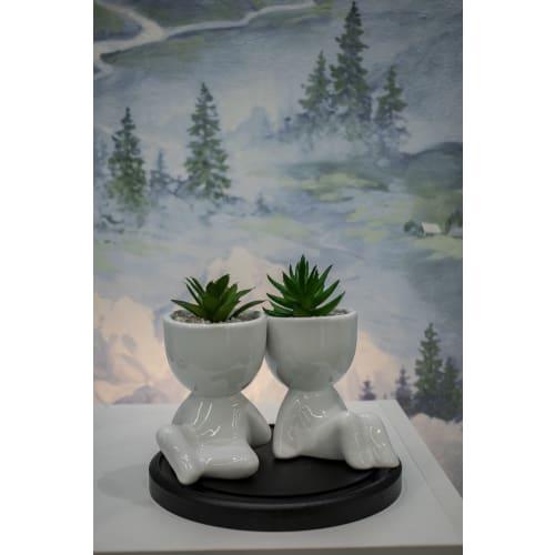 Искусственное растение в керамическом горшке фигурка вид 1